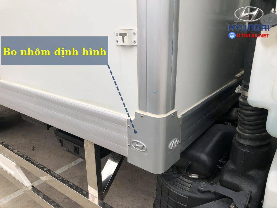 thùng đông lạnh xe tải mighty 110s thành công