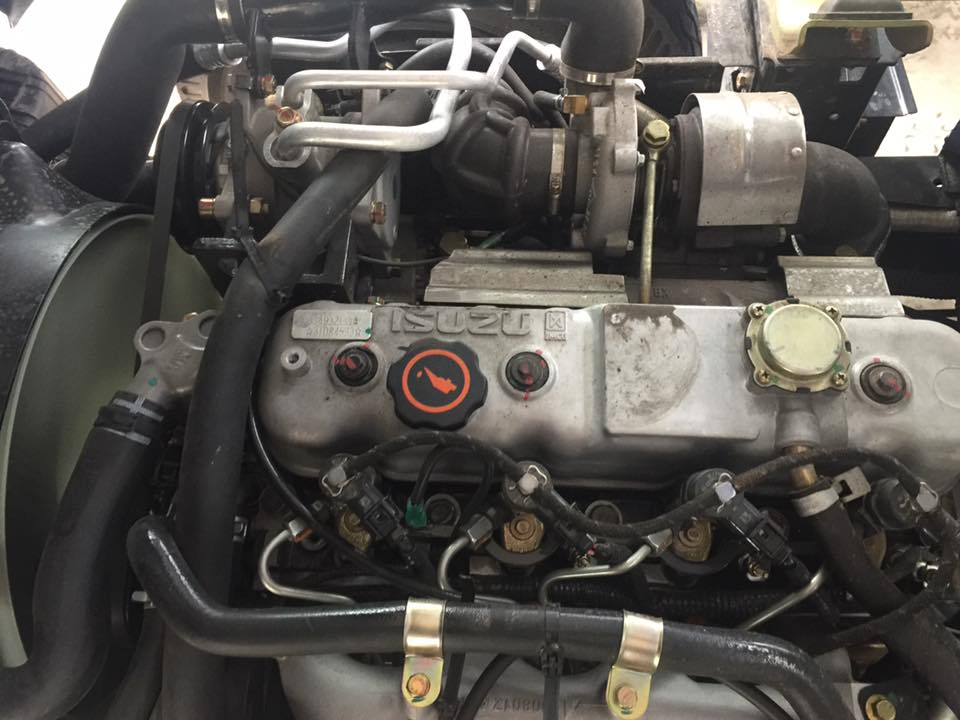 động cơ xe tải iz65 đô thành