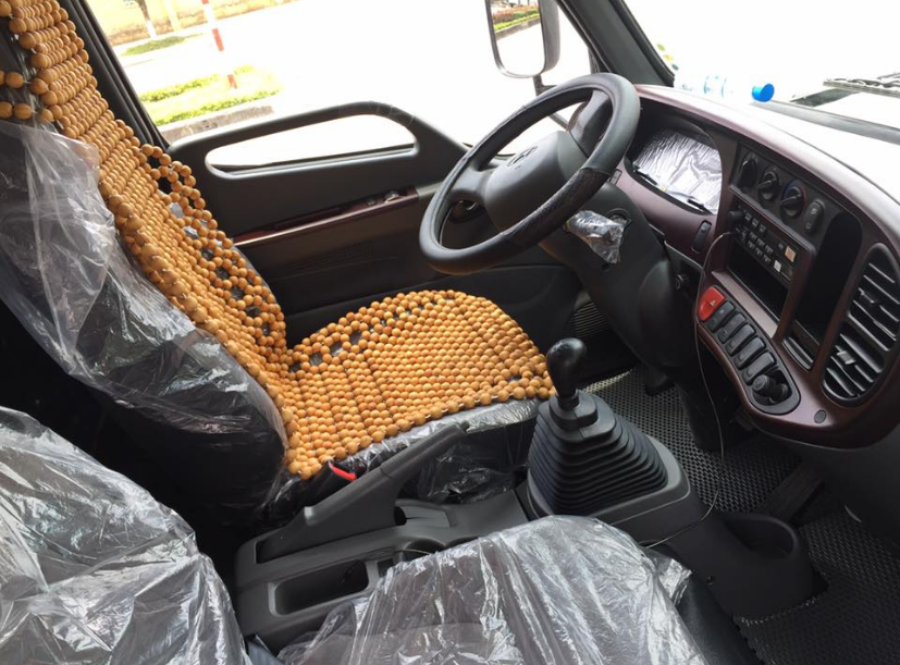 nội thất xe nâng tai 8 tấn Hyundai hd120s