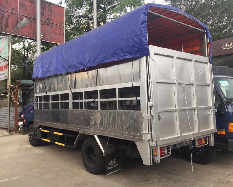 xe chở lợn hyundai hd120s 2 tầng