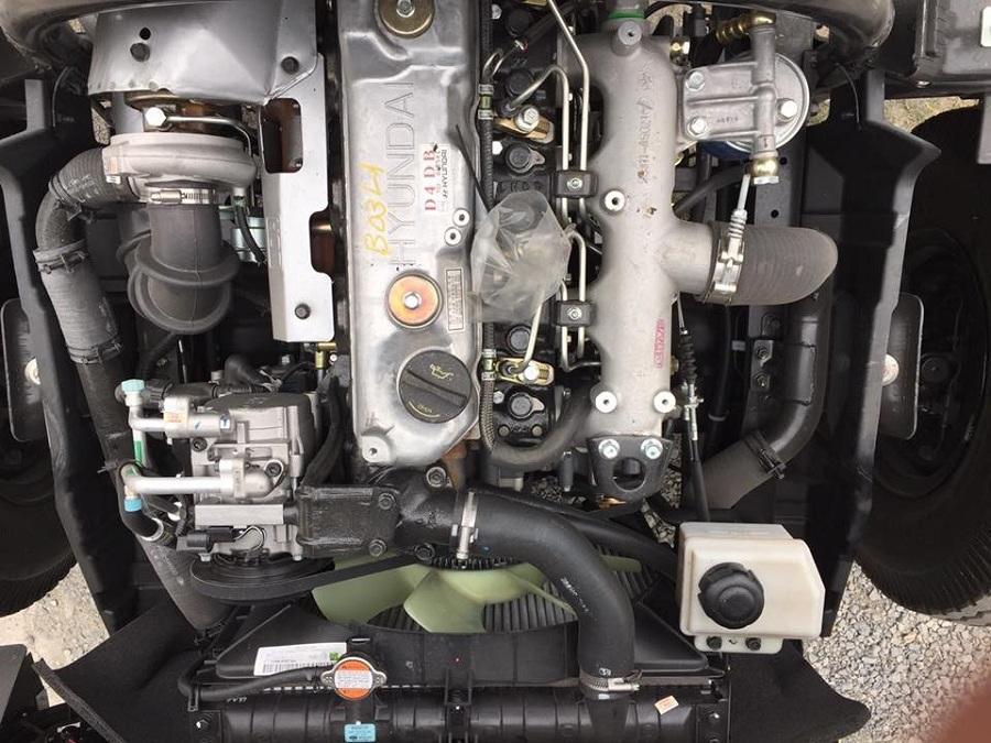 động cơ xe nâng tải 8 tấn Hyundai