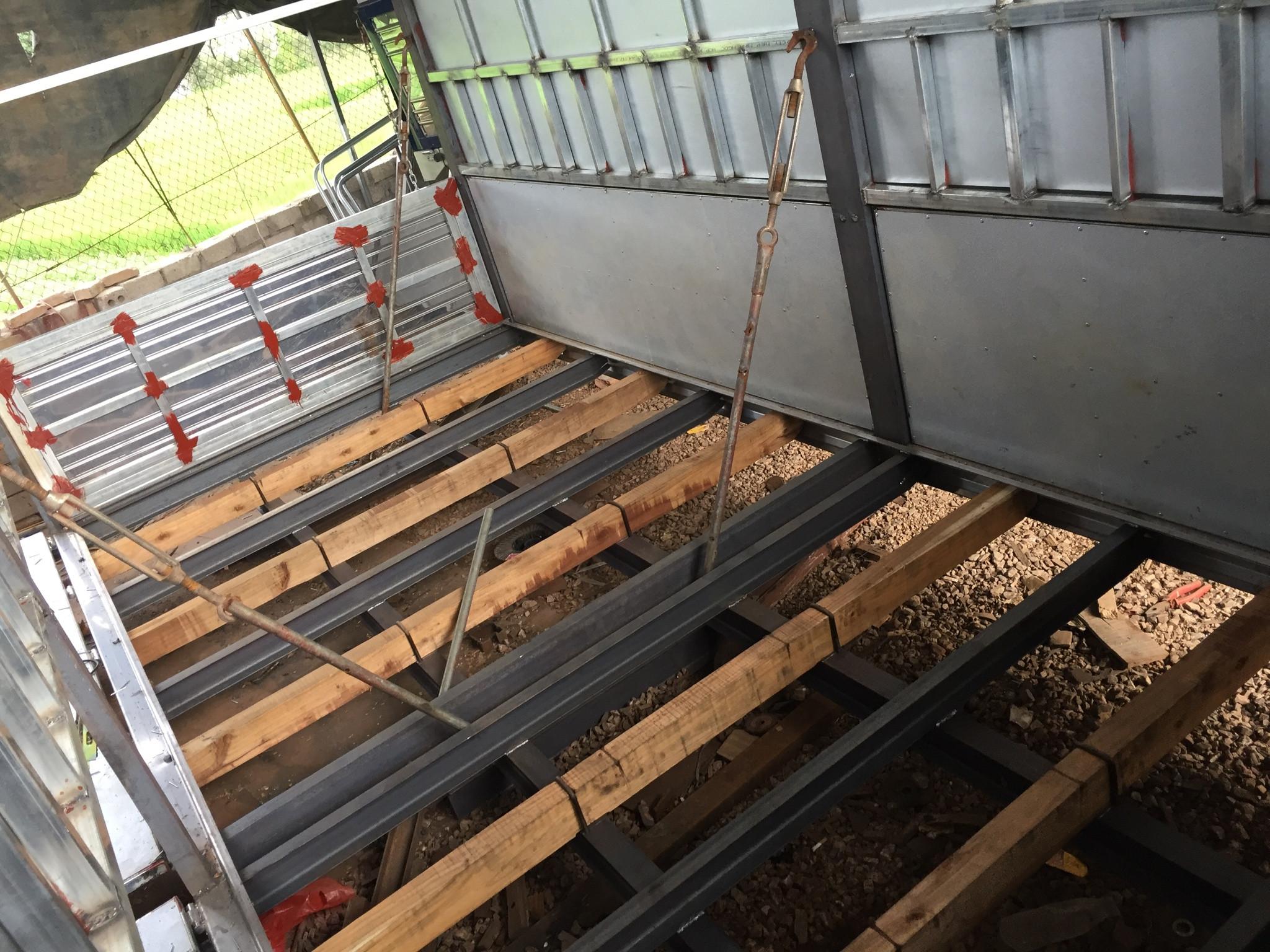 thùng xe nâng tải 8 tấn hyundai hd800